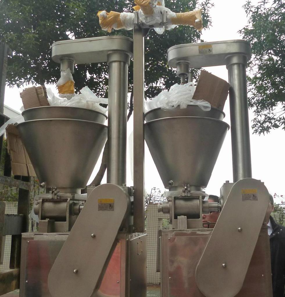 Imitation crab meat production line  3