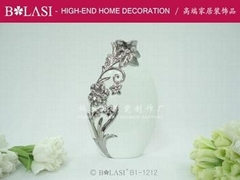 ceramic vase (bone china vase)