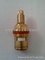 Water dispenser thermostat valve