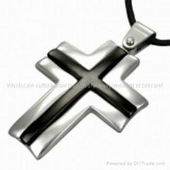 cross pendant charm