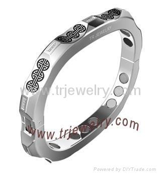 Stainless steel jewelry 1