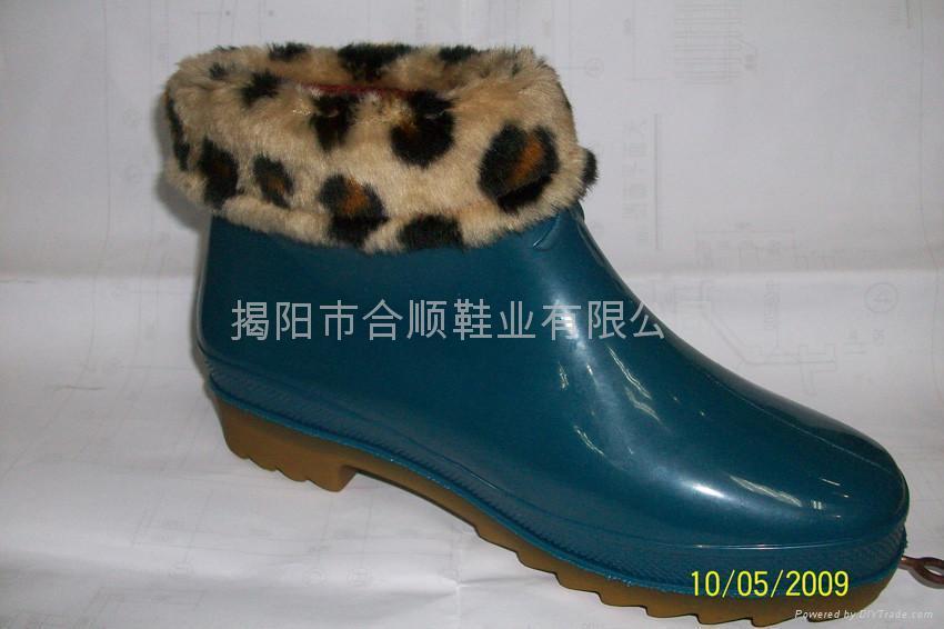 夏季女中筒雨鞋