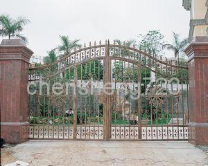 Hot galvanized wrought iron gate 2