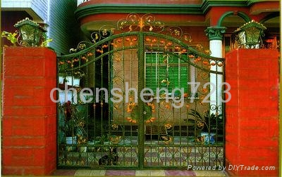 Hot galvanized wrought iron gate 3