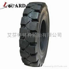 叉车实心轮胎700-12
