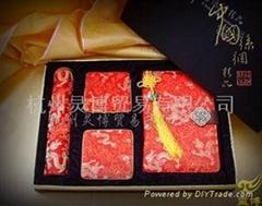 供应厂家直供丝绸笔记本 鼠标垫 杯垫三件商务套装礼品