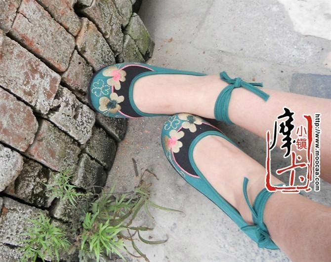 绣花鞋 3
