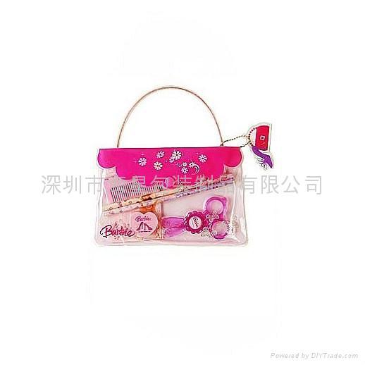 Cosmetic bags 5