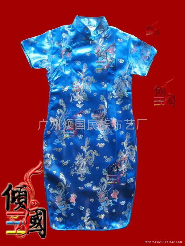 小女孩龙凤祺袍