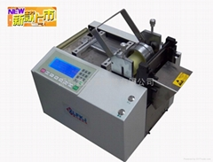 Heat shrinkable tube cutting machine