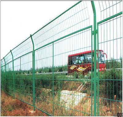 浸塑公路护栏网 1