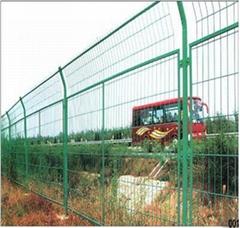 浸塑公路护栏网