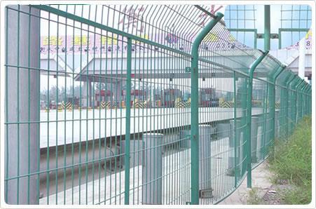 浸塑公路护栏网 2