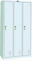3-door locker
