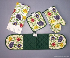 Apron ,kitchen towel ,over mitten and pot holder