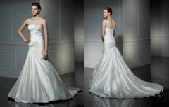 luxury chapel train designer wedding gown dress