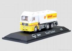 1:72 die cast model truck