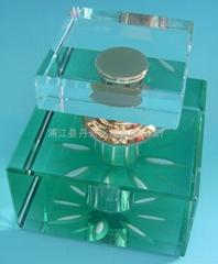 水晶汽车香水瓶