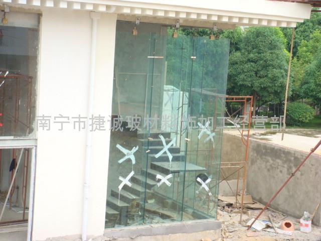 幕墙玻璃钢结构 118 1 广西 建筑玻璃和镜子