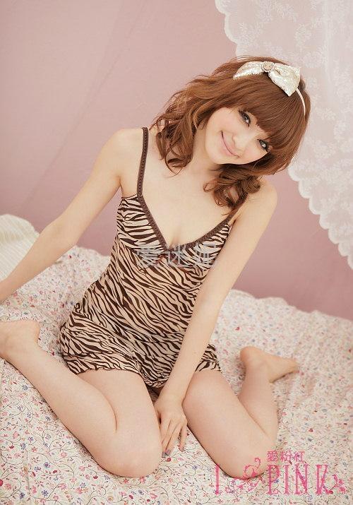 6019sexy appeal female evening wear