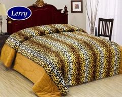 Micro plush comforter