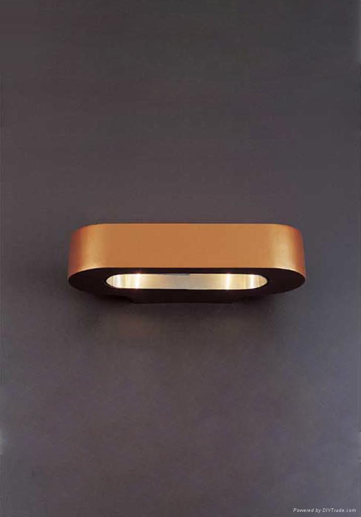 poly resin lamp 3