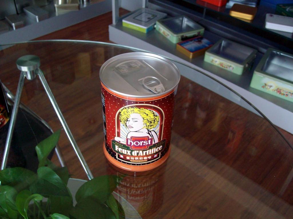 侯臣铁罐咖啡罐 2