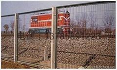 铁路隔离栏