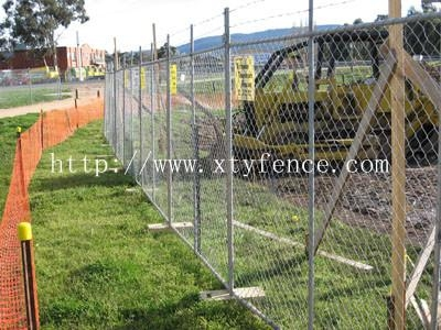 galvanized cyclone stadium fence 3