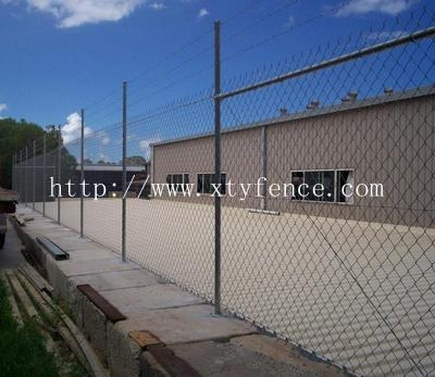 galvanized cyclone stadium fence 5