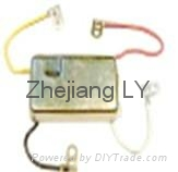 Ford voltage regulator,OEM NO.:E27Z-10316-A 4