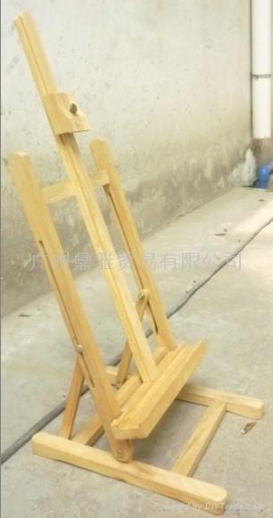 种类:画架,绘图板,油画框,木刻板,油画板,油画刀,泥塑雕刀,洗笔筒