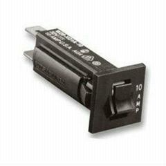 W28-XQ1A Circuit Breaker