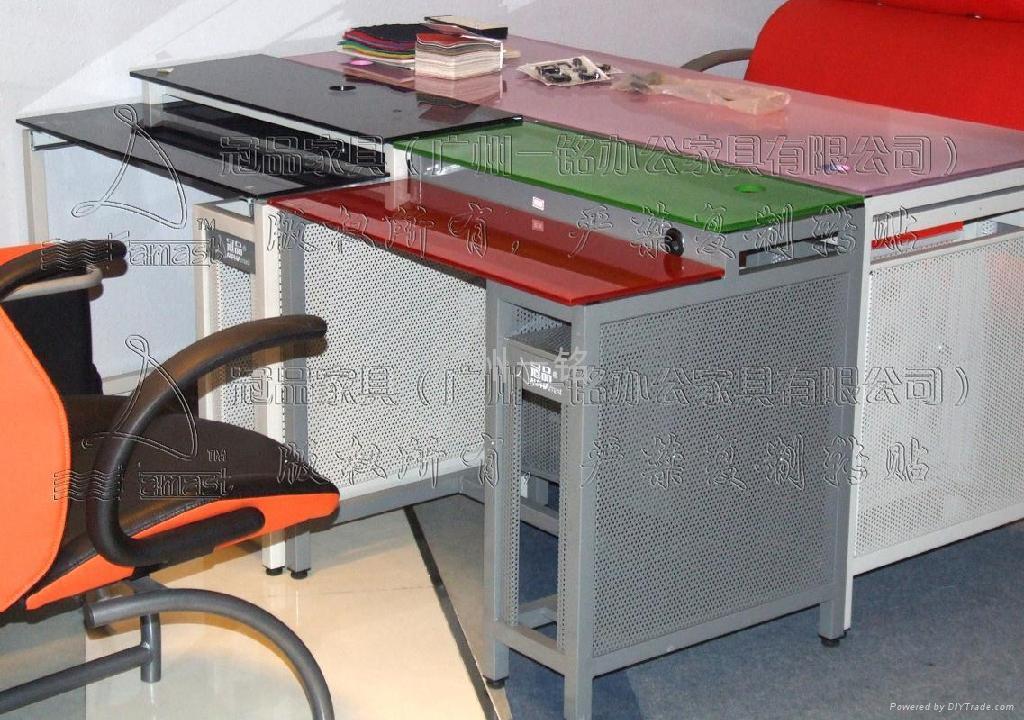 办公电脑桌 2