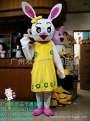 欢乐谷卡通兔八哥服装