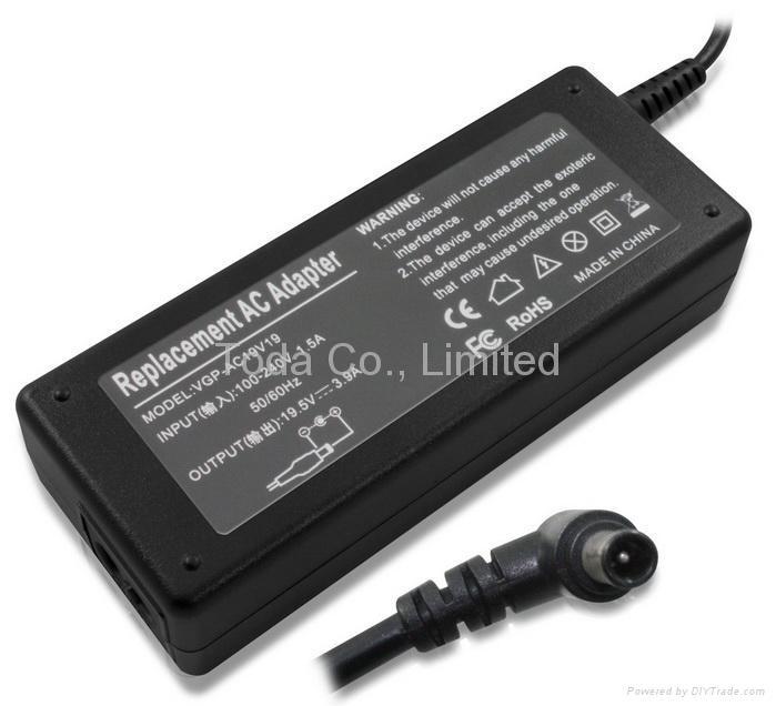 索尼Sony笔记本电源适配器 4
