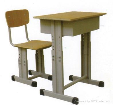 課桌椅 1