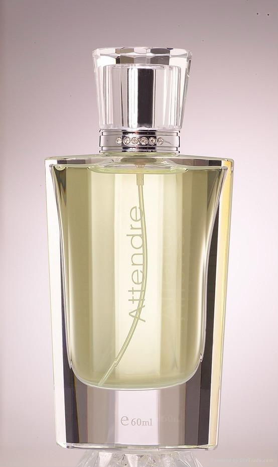 crystal perfume bottle1009 1