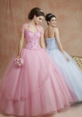 High Quality Embroidery Wedding Dress (HS-2325)