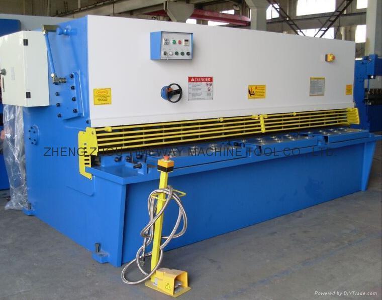 (CNC) Hydraulic Swing Beam Shearing Machine 1