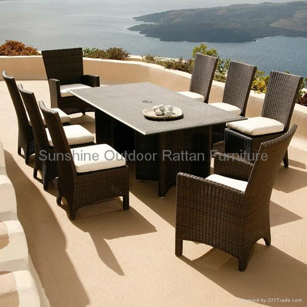 Garden Furniture Pe Rattan Dining Table Set Fco Series