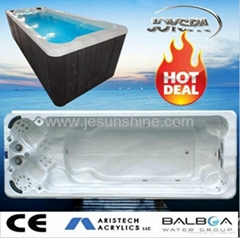 Good quality swimming outdoor fiberglass hot tub