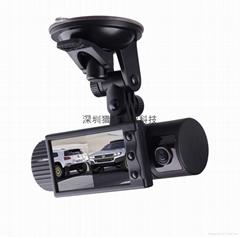 新款雙鏡頭汽車黑匣子行車記錄儀