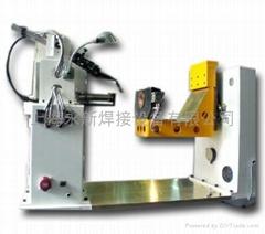 Horizontal flange girth in automobile exhaust pipe welding machine