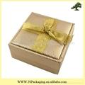 方形丝带礼盒