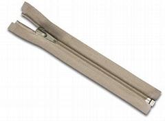 No.5 nylon zipper open end with auto lock slider