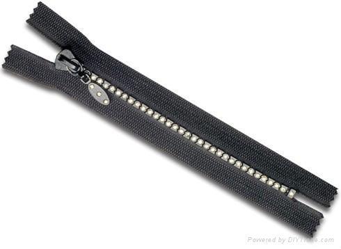 Diamond Plastic zipper C/E 1