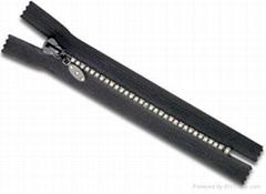 Diamond Plastic zipper C/E