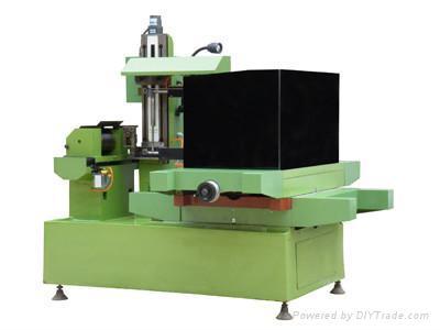 CNC wire cutting machine DK7760B 1