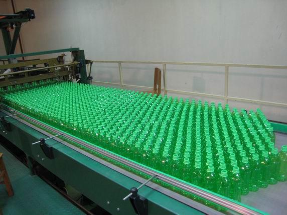 塑料空瓶码垛机 2